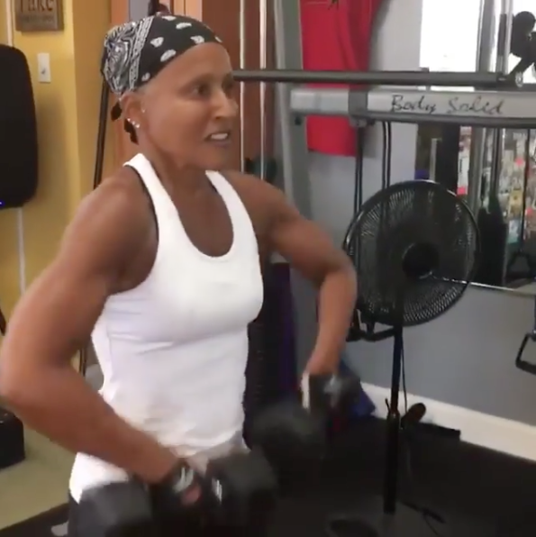 Jada Pinkett Smith – My 64-Year-Old Mom Puts Me To Shame In The Gym!