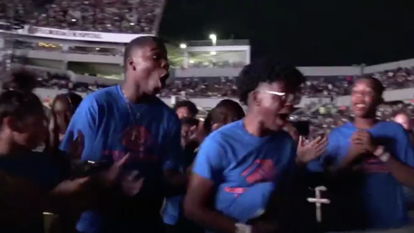 Surprised Student Awarded $100k Scholarship From Beyonce & Jay Z [VIDEO]