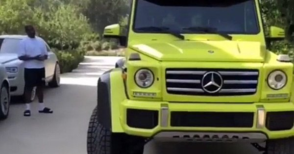 Kanye Buys Kim Kardashian Neon Green Mercedes [VIDEO]