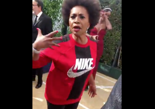 Jenifer Lewis Shows Up To Emmys In A Nike Sweatshirt & Leggings To Support Kaepernick