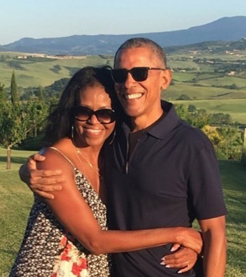 Barack & Michelle Obama Celebrate More Than 20 Years Of Marriage