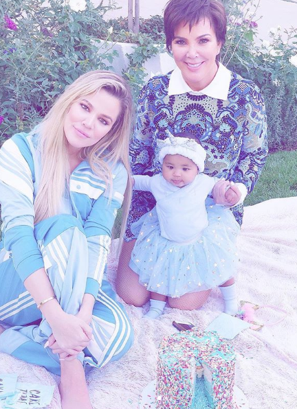 Khloe Kardashian Thanks Kris Jenner For Always Putting Family 1st, Except When She Accepted $1 Mill Fashion Nova Ad That Kim Kardashian Turned Down!