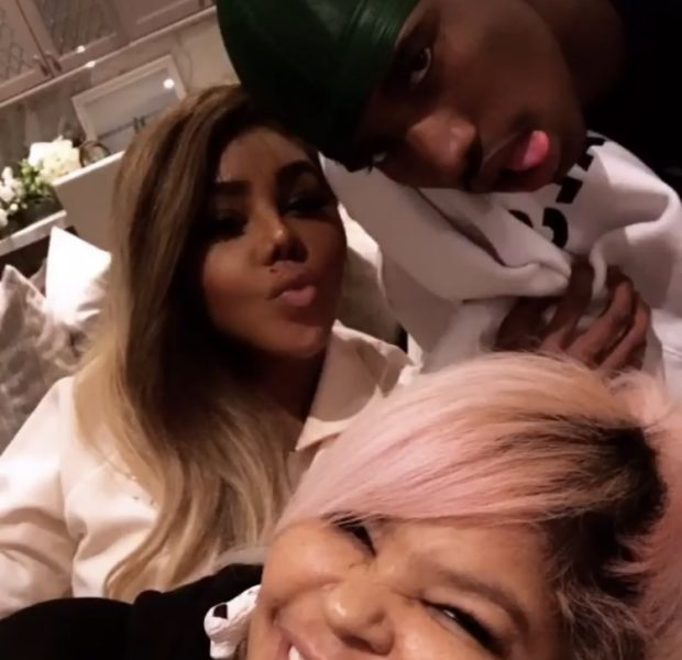 Lil Kim Spends Holiday With Diddy & Kids, Pays Homage To Kim Porter