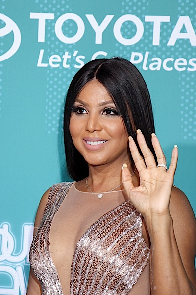 Toni Braxton Teases New Music With New Photo, Tells Fans 'Wait For It'
