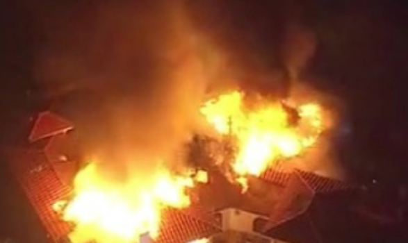 Celeb Homes Threatened By California Wildfires: Kardashian's, Robin Thicke, Niecy Nash, Lil Pump, August Alsina, Damon Dash