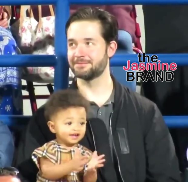 Olympia Ohanian Adorably Claps For Mom Serena & Auntie Venus Williams During Tennis Match