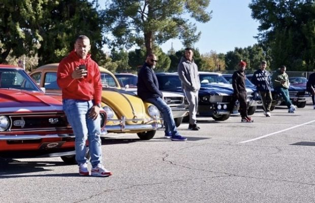 Kevin Hart Buys 9 Vintage Cars For Close Friends
