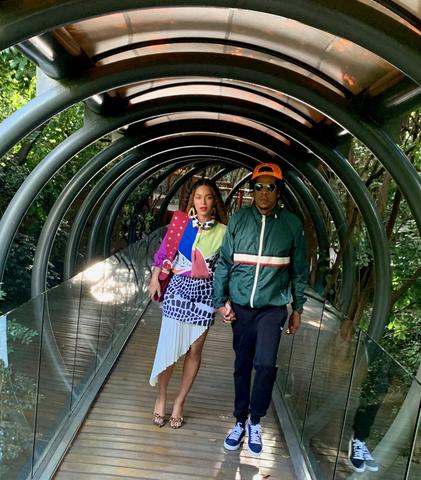 Beyoncé & Jay Z Explore Johannesburg [Photos]