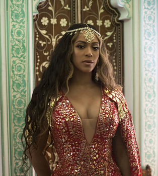 Beyoncé Performs At Wedding For Daughter Of Indian Billionaire [Photos]