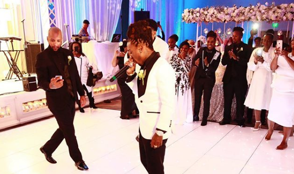 Jacquees Gives His Mom $100,000 In Cash For Wedding Gift!