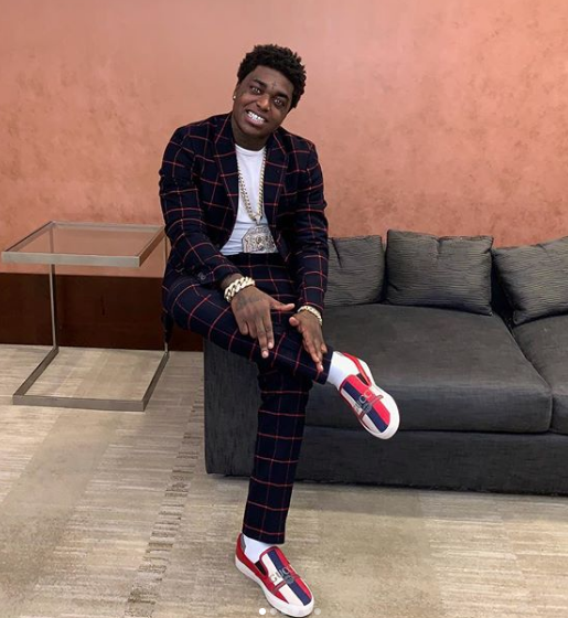 Kodak Black Engaged? Rapper Allegedly Proposes At Theme Park [VIDEO]