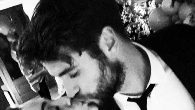 Miley Cyrus Confirms She's Married To Liam Hemsworth [Photos]