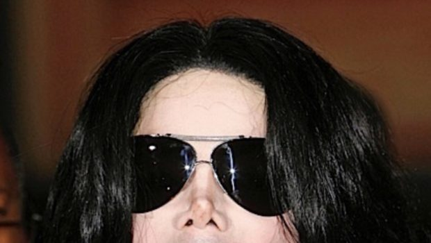 "Michael Jackson's Estate Says ""Leaving Neverland"" Docu Is Character Assassination!"
