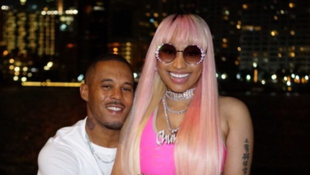 Nicki Minaj's Boyfriend Kisses Her Toes, Shows Off Jacuzzi PDA On Social Media! [VIDEO]