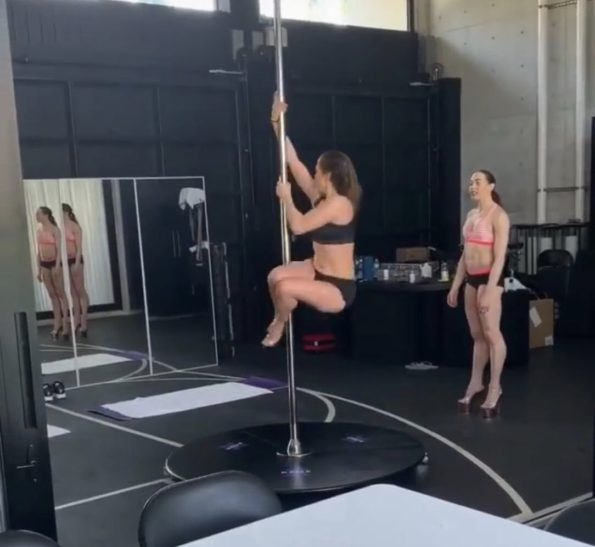 Jynx maze fucked by a massive cock