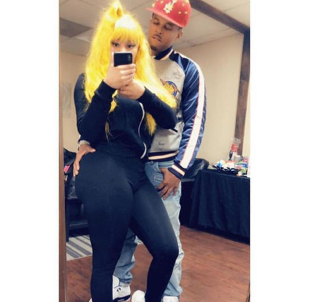 Nicki Minaj's Boyfriend Cops A Feel In New Photos