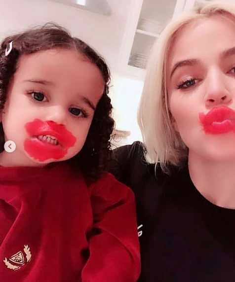 Dream Kardashian Adorably Applies Makeup To Aunt Khloé's Kardashian's Face