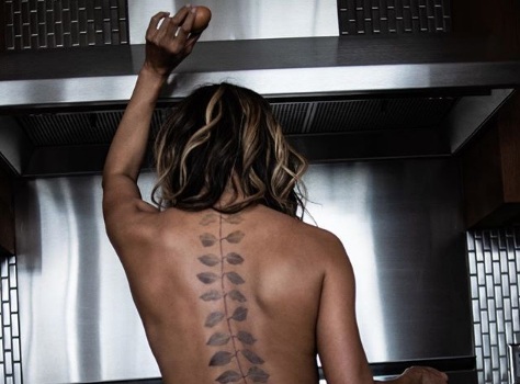 Halle Berry Is Topless W/ A Haute Back Tattoo! [Photo]