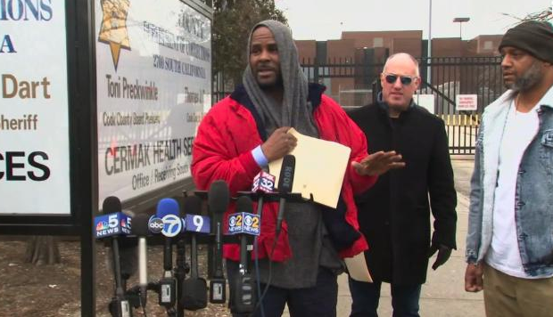 R. Kelly Released From Jail After $161,000 Child Support Payment Made On His Behalf