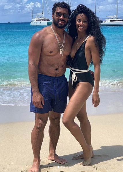 Russell Wilson, Ciara & Kids Live It Up On Family Vacation [VIDEO]