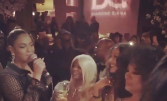 Diana Ross' 75th B-Day Bash – Beyonce & Stevie Wonder Serenade Singer, Diddy's Daughter's Dance + Kris Jenner, Robin Thicke Attend [VIDEO]