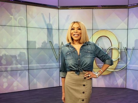 Wendy Williams Refuses Hug From Fan On Talk Show [VIDEO]