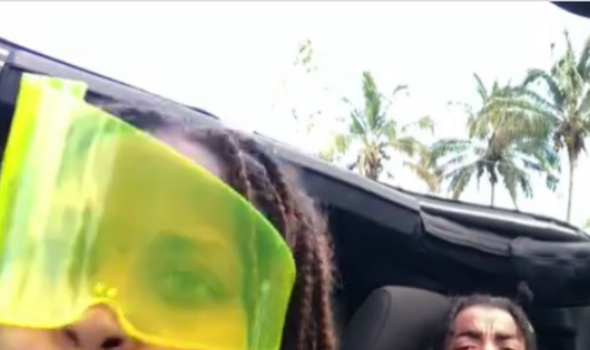 Erykah Badu & Son Seven Share Hilarious Hawaii Moment, Russell Wilson Goes Golfing w/ Baby Future + Tiny Harris & Daughter Are Twinning! [Photos]