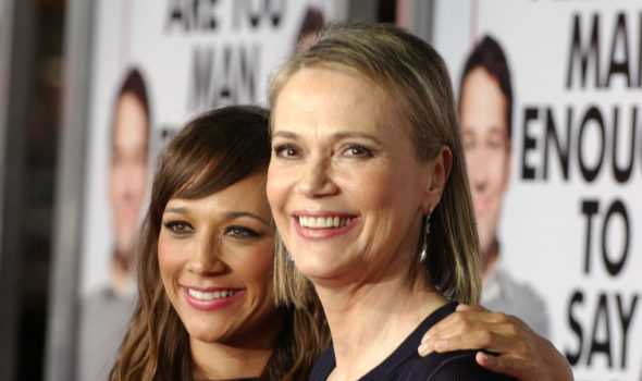 Actress Peggy Lipton: Quincy Jones' Ex, Mother of Rashida & Kidada Jones, Dies After Battle W/ Cancer [Condolences]
