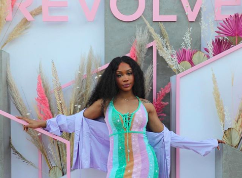 Sza Says Sephora Accused Her Of Stealing