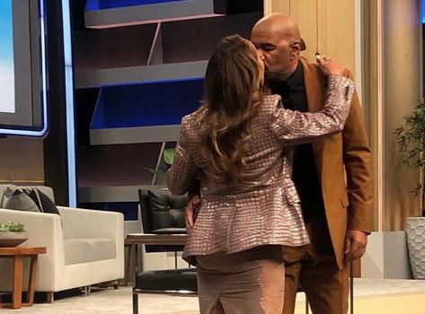 Majorie Harvey Gives Steve Harvey A Final Kiss Before Talk Show Ends