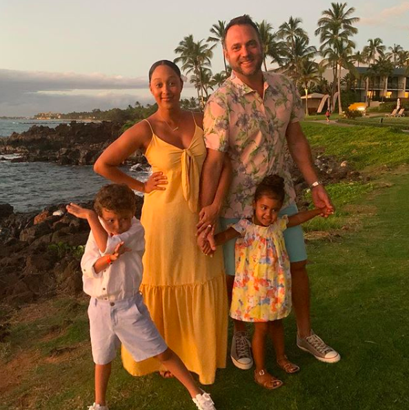 "Tamera Mowry Is Returning To Reality TV W/ Husband & Kids, Says ""Sister Sister"" Reboot 'Needs To Be Amazing Or We Need To Leave It Alone'"