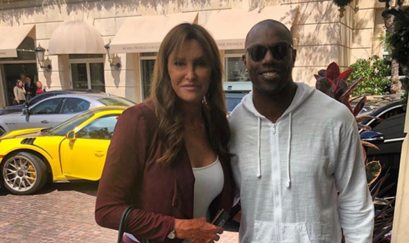 Terrell Owens Defends Caitlyn Jenner Against Critics: 'What He Does With His Life Is His Business'