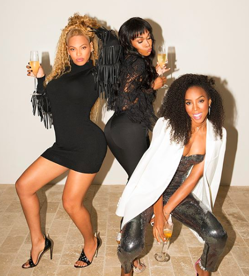 Beyonce Talking To Kelly Rowland & Michelle Williams About Destiny's Child Reunion, Says Source