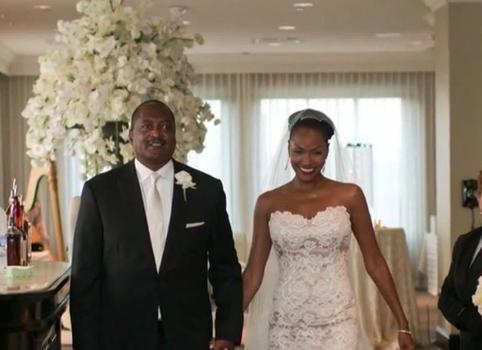 Mathew Knowles & Wife Celebrate 6 Year Anniversary [Photo]