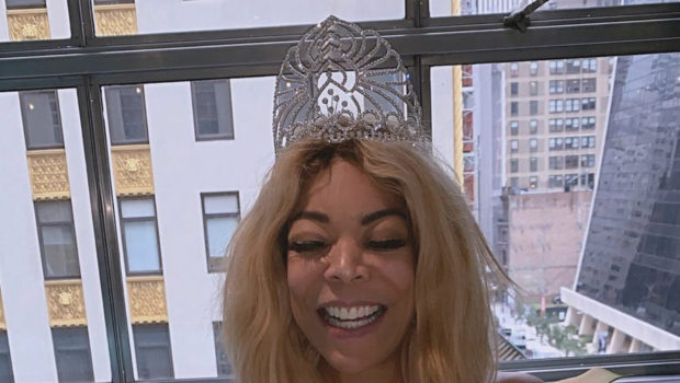 "Wendy Williams Celebrates 55th B-Day W/ Breakfast At Tiffany's, Thanks Mysterious ""Benefactor"" As She Accepts Sneakers That Cost More Than $1k! [WATCH]"