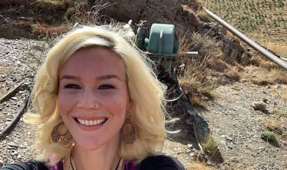 Singer Joss Stone Detained & Deported From Iran [VIDEO]