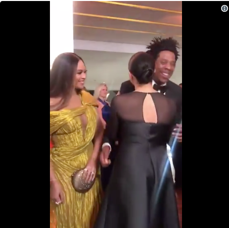 "Beyonce & Jay Z Meet Prince Harry & Meghan Markle At ""The Lion King"" Premiere [VIDEO]"