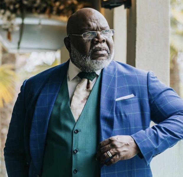 Mega Preacher Bishop Jakes Gives Himself Migos Inspired Nickname In Honor Of His Fashion