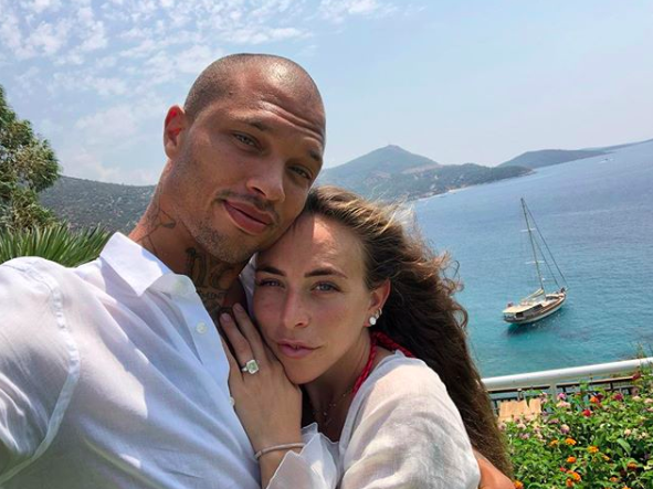 #PrisonBae Is Single! Jeremy Meeks & Chloe Green Split