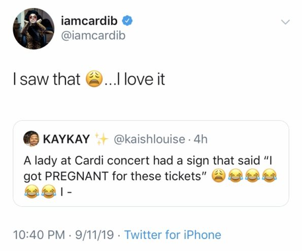 """Cardi B S 1 Fan With Giant Tattoo Of Rapper S Face Revealed: Cardi B Reacts To Fan Who Holds Sign That Says """"I Got"""