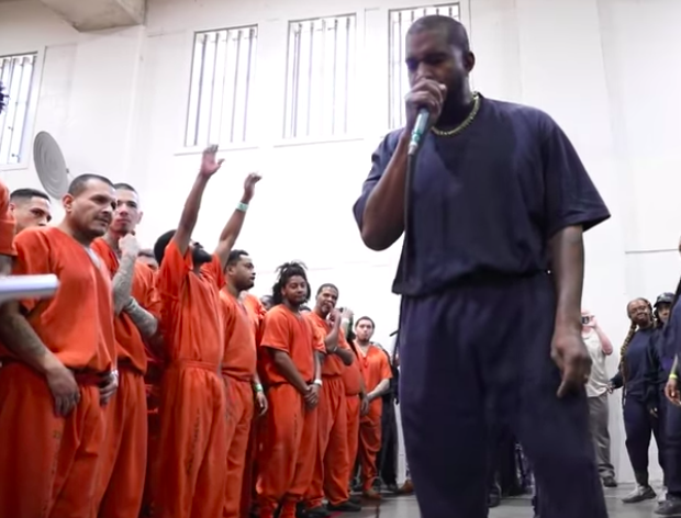 Kanye West Performs At Texas Jail [VIDEO]