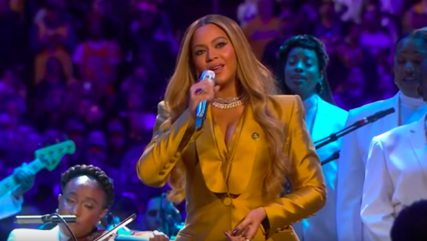 Beyonce Reportedly Banned Photographers From Taking Pictures Of Her Singing At Kobe & Gianna Bryant's Memorial