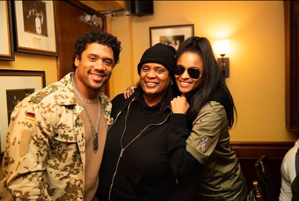 Russell Wilson's Mom Says He's Not A Stepdad + Gives Her Thoughts On Ciara's Infamous Prayer