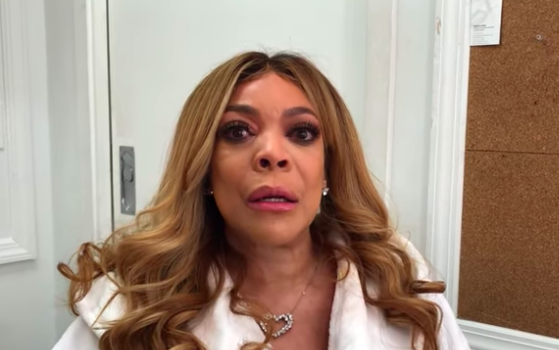 Wendy Williams Tells Gay Men: Stop Wearing Our Skirts & Heels, Gets Emotional While Apologizing