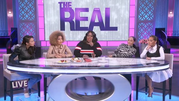 "Loni Love Cries On 'The Real' While Explaining ""Growing Up In The Projects, We Ate What We Could"", Viewers Question Amanda Seales' Facial Expression"