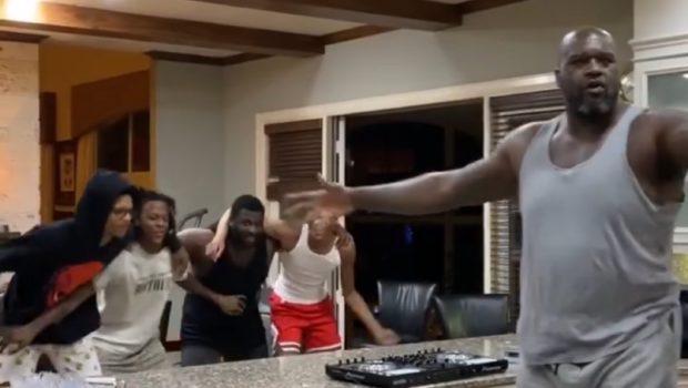 Shaquille O'Neal & Sons Throw Epic Kitchen Party [VIDEO]