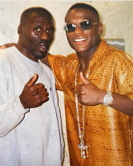 Floyd Mayweather Reacts To Uncle Roger Mayweather's Death [Photo]