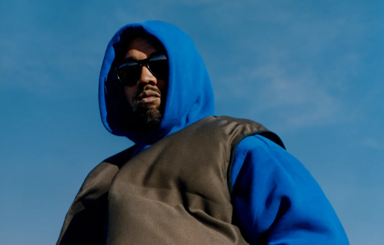 Kanye West's Concerning Tweets Causes Fans To #PrayForYe