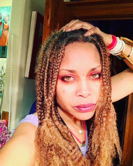 Erykah Badu Alludes To Charging Fans For Facebook Live Streams, Tells Critic: I'm Unemployed Too, I'm Just Not B*tchin About It