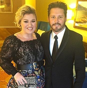 Kelly Clarkson Files For Divorce After 7 Years Of Marriage, Wants A Prenup Enforced